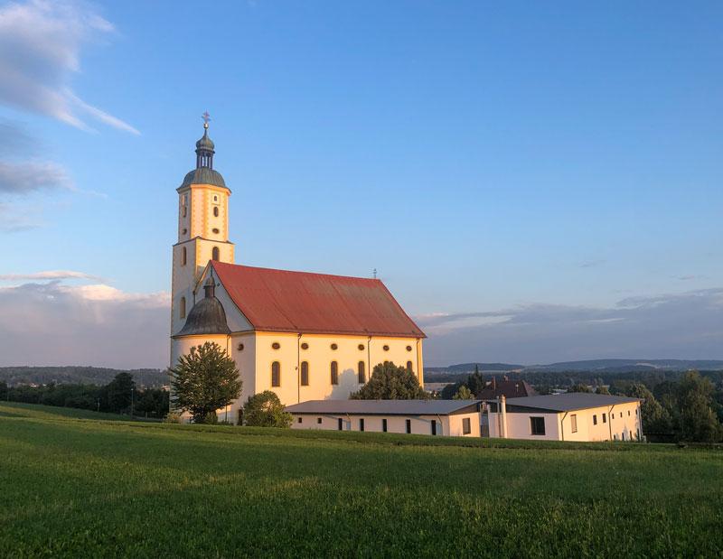 Basilika Maria Brünnlein im Abendlicht