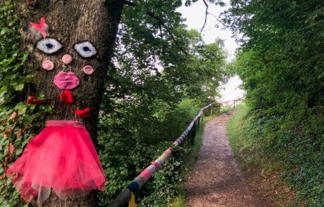 Auf dem Märchenweg zum Harburger Schloss