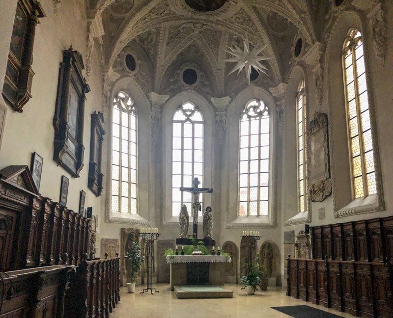 Chorraum der Pfarrkirche St. Jakob