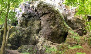 Steinzeithöhlen