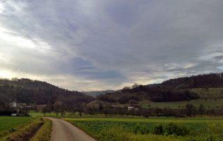 Sonnenschein auf dem Weg nach Marlach